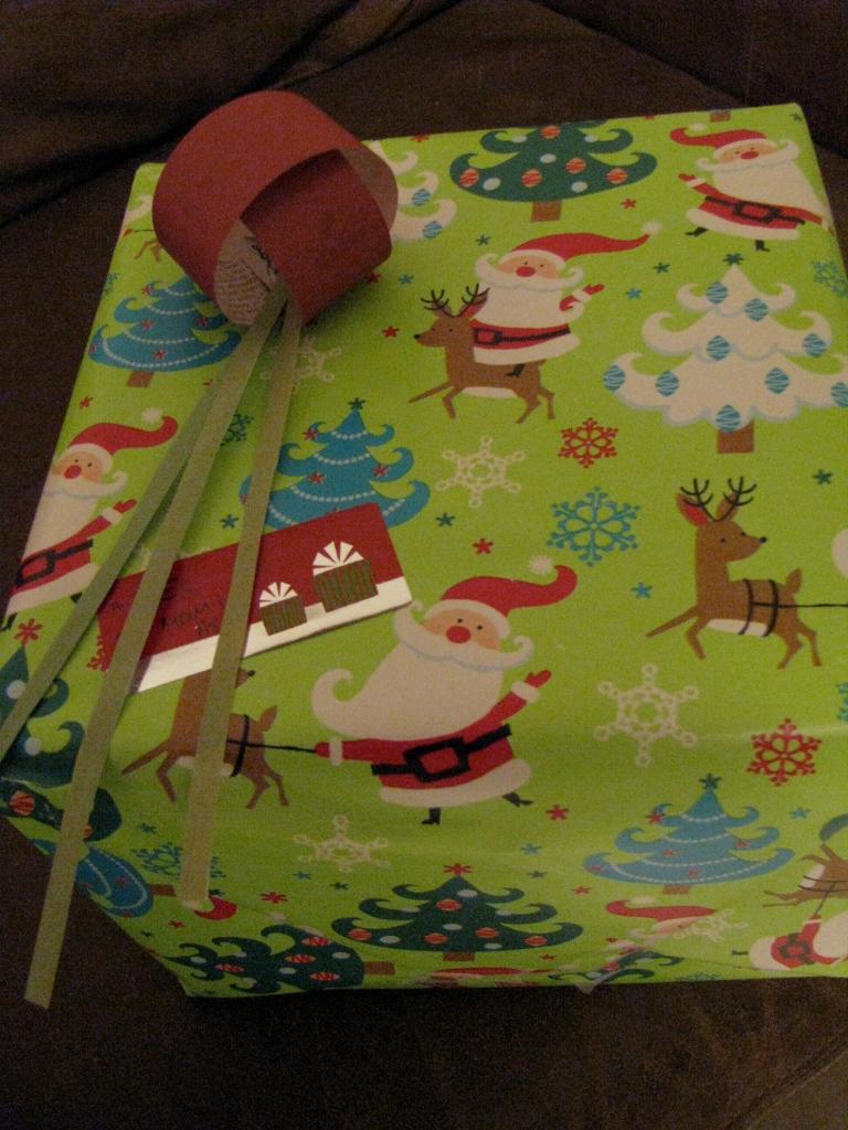Giftwrap-1